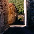 la Salamandre - Baillestavy Frankrijk :Het dorp Baillestavy|steegje